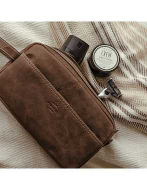 Men's leather toiletry bag...