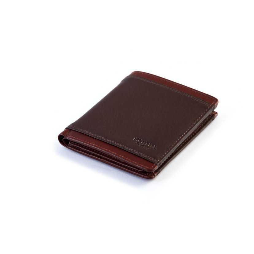 Billetero básico para hombre de piel marrón.