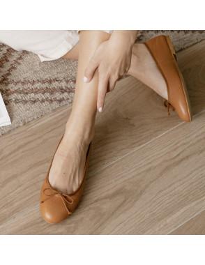 Leather ballerina for women...