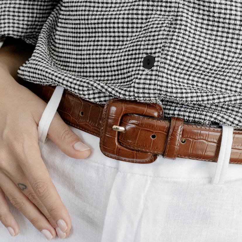 Women's Crocodile Lined Buckle Belt
